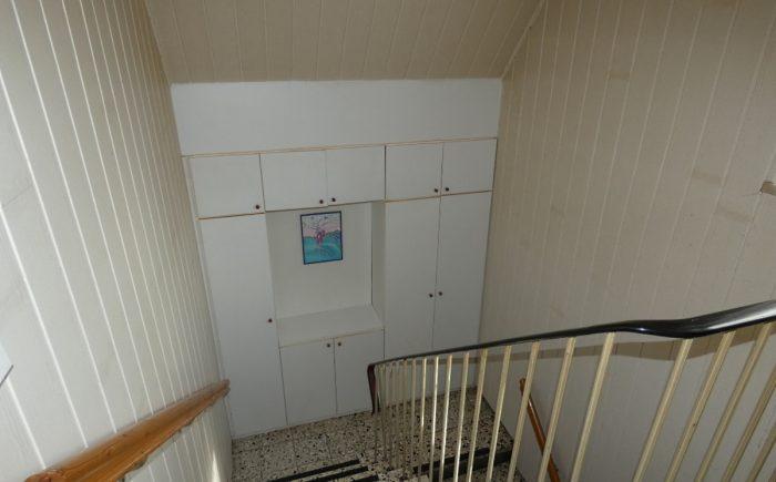 Einbauschrank im Treppenhaus